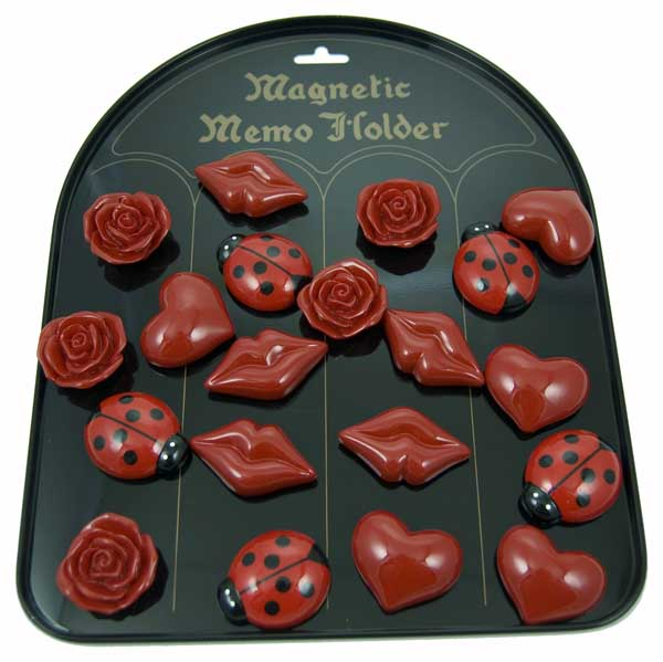 Magnet Display Hearts And Lips