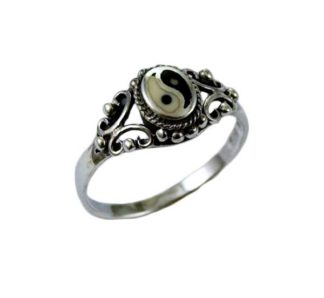 Ring Silver Oval Ying Yang